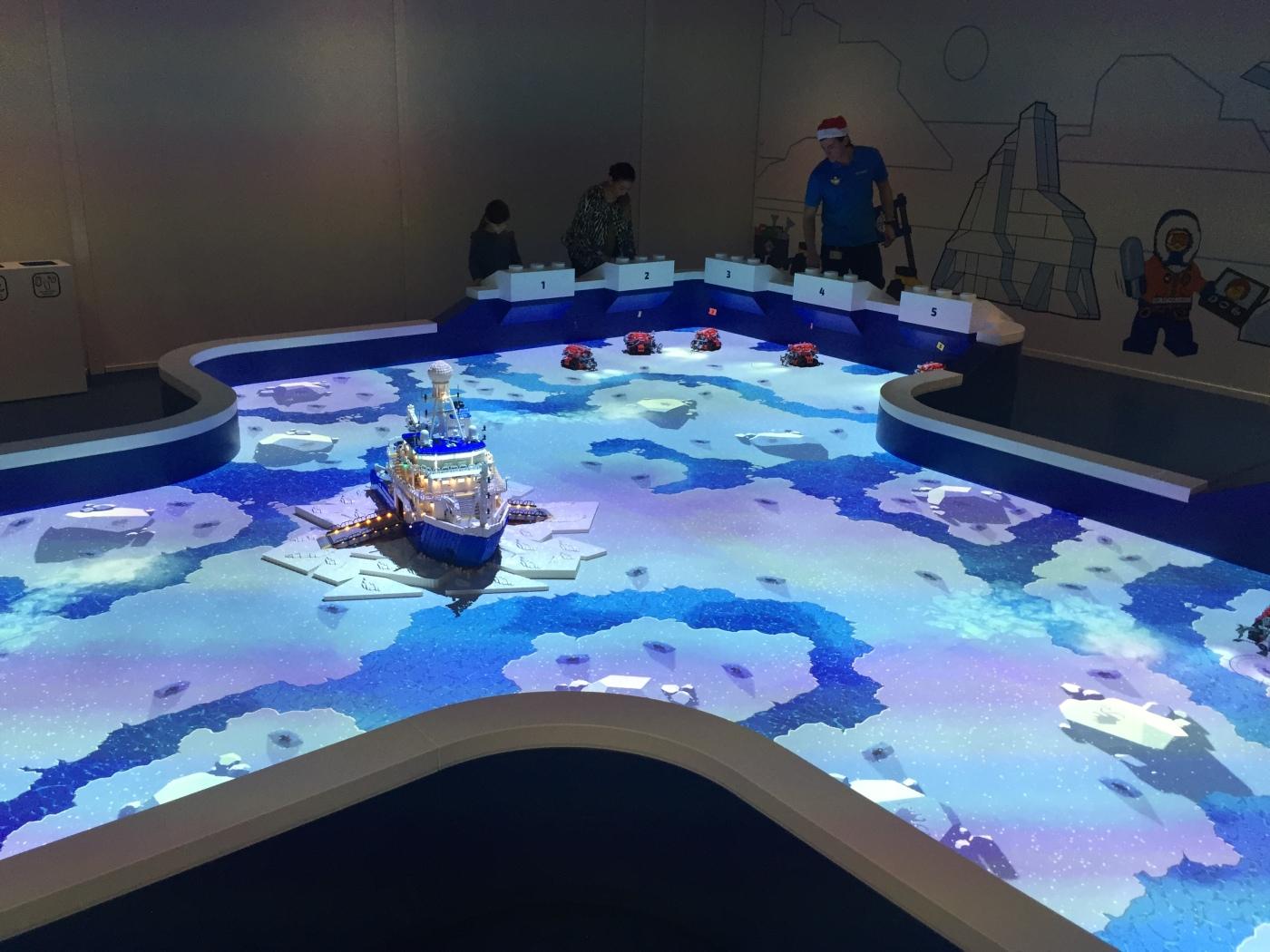 Ice Ship Game